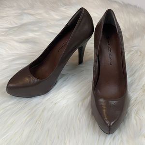NWT MICHAEL SHANNON Christy Style Brown Heels